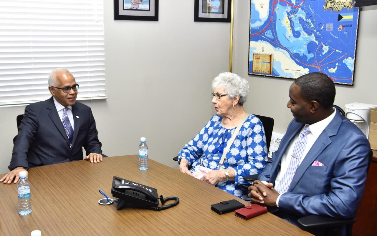 Tourism Officials welcome visitor on 43rd visit to The Bahamas