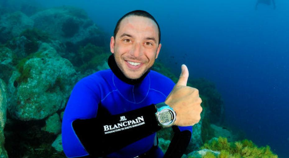 Four-Time Free Diving Champion Shoots In The Bahamas
